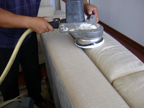 Mm servicios limpieza servicios de limpieza en colima for Limpieza de muebles